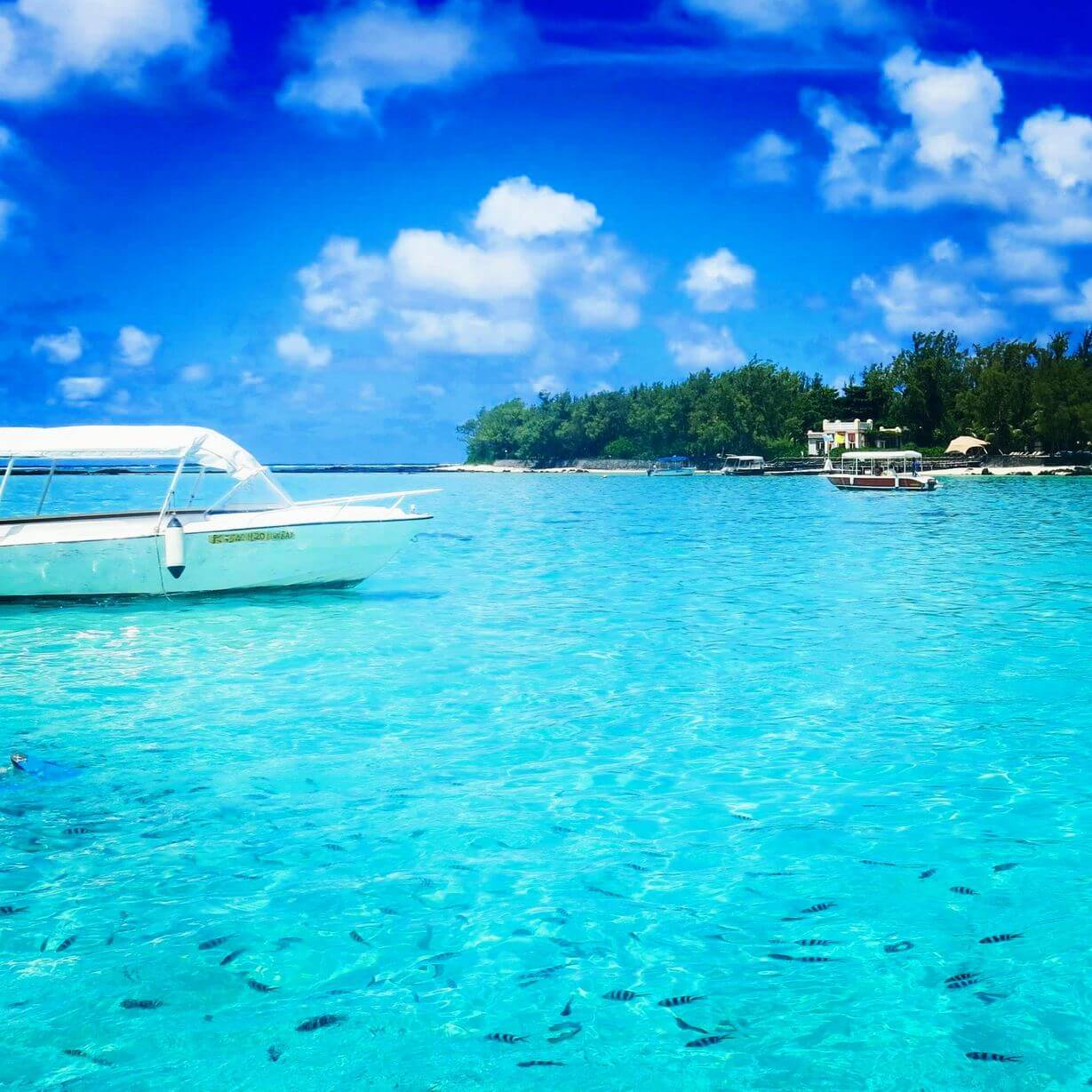 Фото лагуны на острове